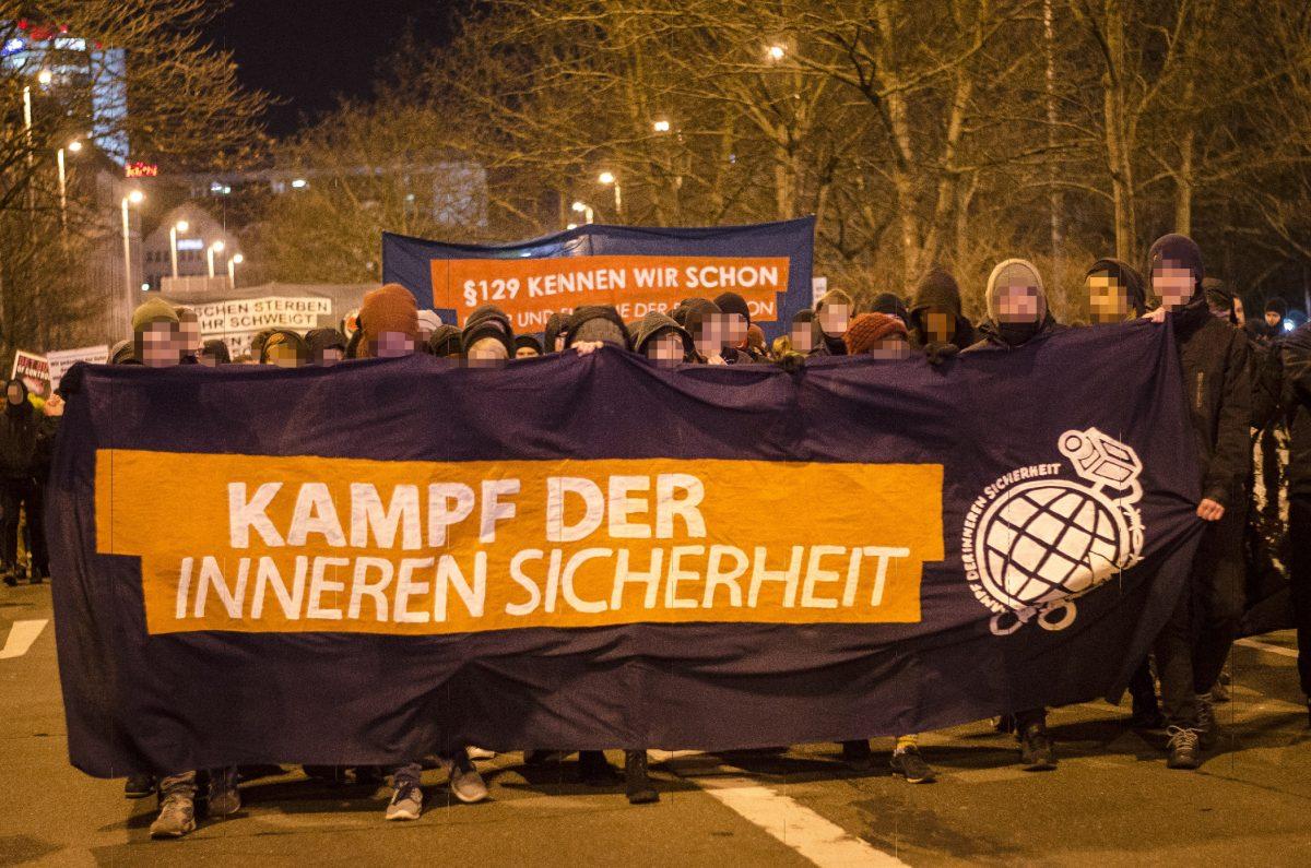 700 Menschen demonstrieren gegen die Innenministerkonferenz in Leipzig – Vorfeld-Hysterie ins Leere gelaufen